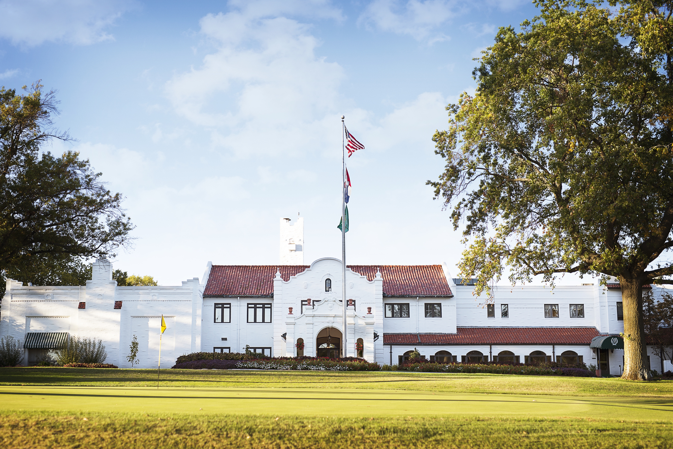 Norwood Hills Country Club Clubhouse